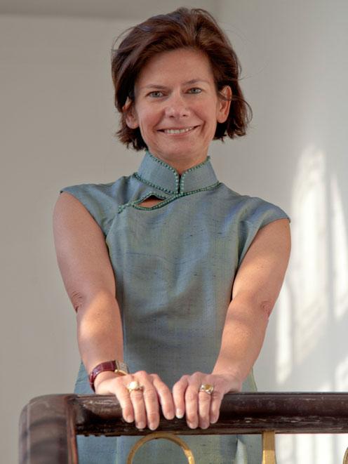 Portrait de Christine Cayol fondatrice de la Maison des Arts YISHU 8 à Pékin.